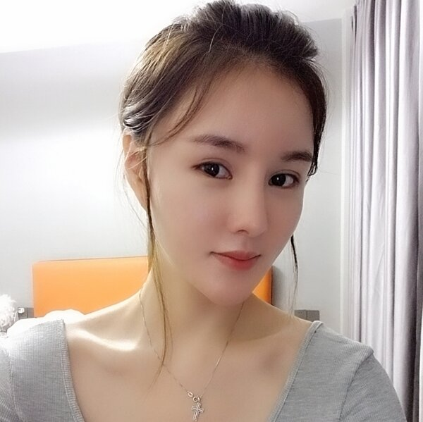 chengyueyue News Feed Photos