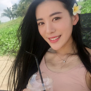 suyaoyao News Feed Photos
