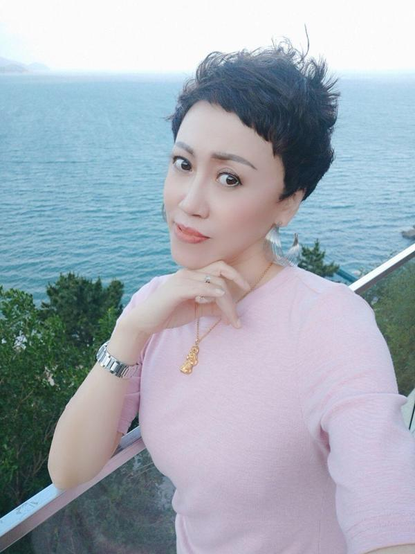 zhengmeimei News Feed Photos